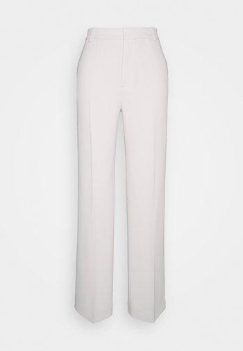HUTTON TROUSER - Pantalon classique - ivory