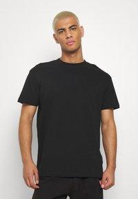 Night Addict - JAPNEON - T-shirts print - black - 2