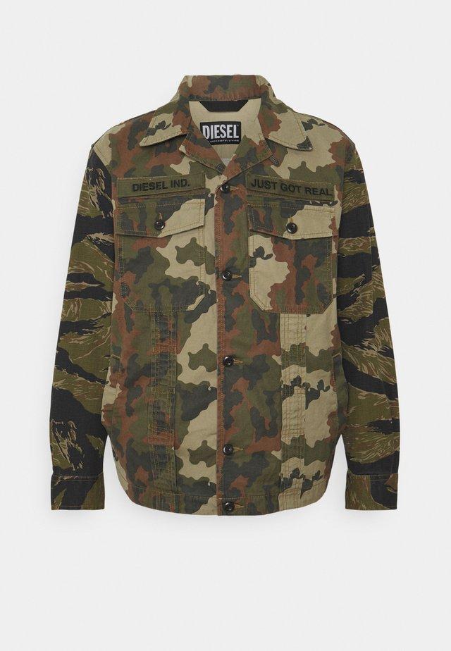 J-FULLER-CMF - Farkkutakki - camouflage