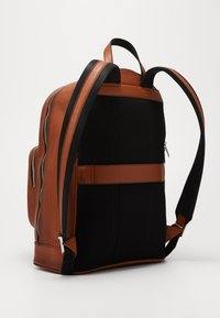 Tommy Hilfiger - CASUAL BACKPACK - Reppu - brown - 2