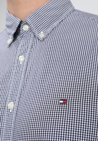 Tommy Hilfiger - CORE CHECK  - Shirt - peacoat/bright white - 5