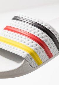 adidas Originals - ADILETTE SLIP-ON-DESIGN SHOES - Badesandaler - footwear white/yellow/core black - 8