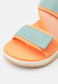 adidas Performance - TERREX SUMRA - Outdoorsandalen - haze orange/core white/haze beige - 5