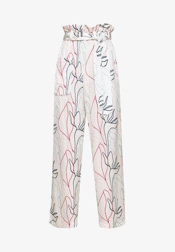HELENA - Trousers - white