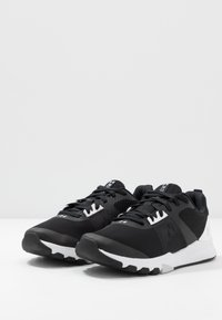 Under Armour - TRIBASE EDGE TRAINER - Obuwie treningowe - black/white/halo gray - 2