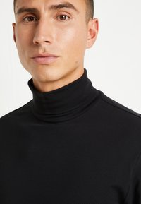 Only & Sons - ONSMICHAN SLIM ROLLNECK TEE - Maglietta a manica lunga - black - 6