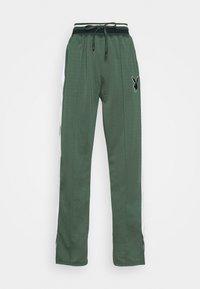 PLAYBOY VARSITY WIDE LEG TRICOT PANTS - Tracksuit bottoms - green