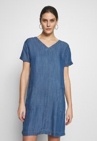 Esprit - DRESS  - Jeanskjole / cowboykjoler - blue medium wash - 0