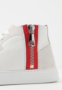 HUGO - MID - Zapatillas altas - white - 2