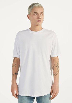 MIT KURZEN ÄRMELN - Basic T-shirt - white