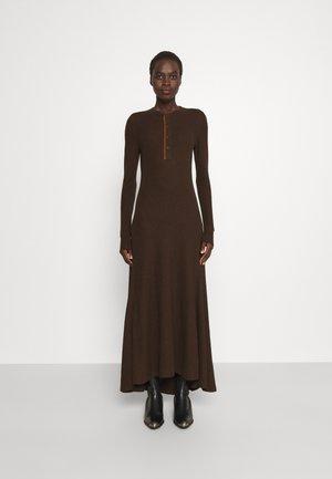 LONG SLEEVE DAY DRESS - Maxi dress - dark beech