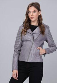 Basics and More - Leather jacket - grey - 0
