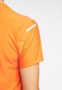 Haglöfs - Basic T-shirt - flame orange - 3