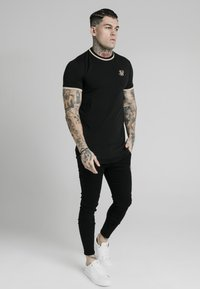 SIKSILK - Print T-shirt - black - 3
