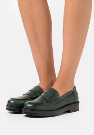 MIRNA - Slip-ons - vert