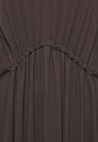 Marc O'Polo PURE - DRESS DRAPY DRAW FRONT DETAIL FEMININ SLEEVES - Jerseykjoler - mocca brown - 2