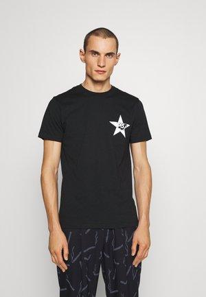 SLIM FIT STAR  - Print T-shirt - Black