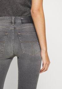 Tiger of Sweden Jeans - SHELLY - Jeans Skinny - grey - 2