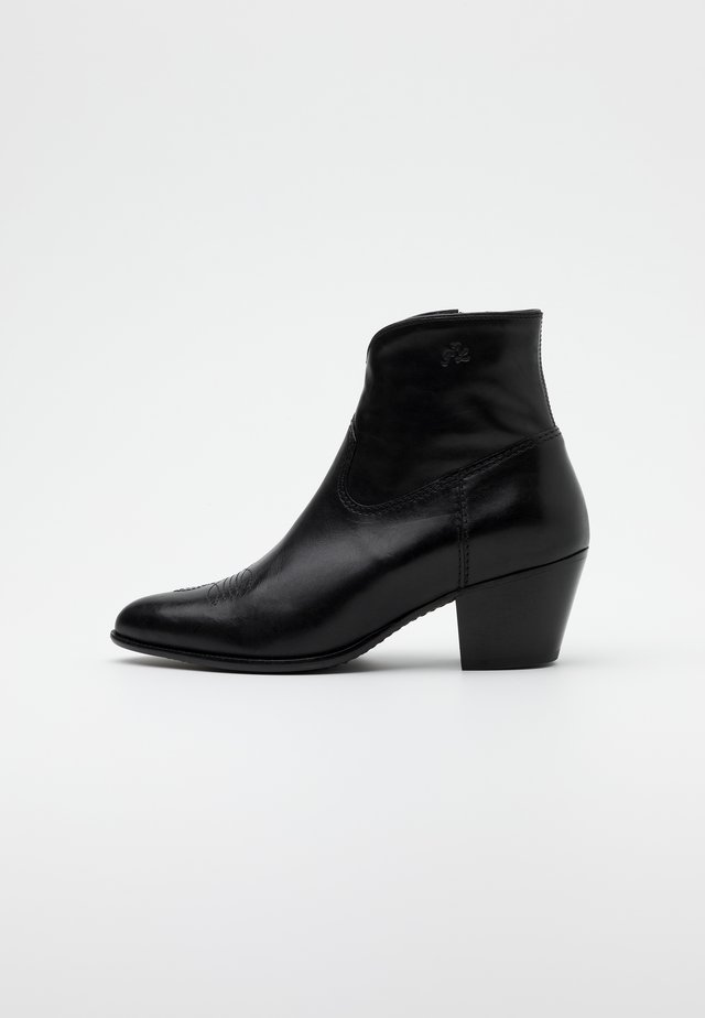 LUCILLE - Classic ankle boots - black