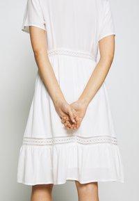 VILA PETITE - VIJESSAS DRESS - Shirt dress - cloud dancer - 5