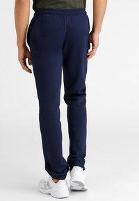 Lacoste Sport - HERREN - Pantalon de survêtement - navy blue - 2
