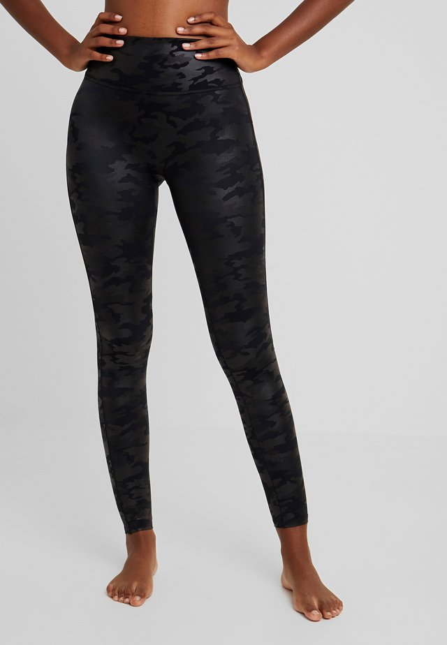 Leggings - Stockings - matte black camo