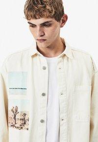 Bershka - Denim jacket - white - 3
