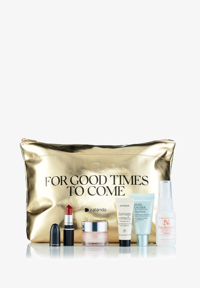 MAC - FOR GOOD TIMES TO COME: EXCLUSIVE BEAUTY KIT - Kit skincare - mixed