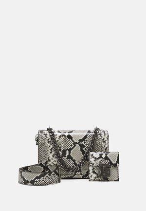 QIEMAR SET - Handbag - neutral/gunmetal