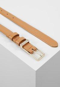 Calvin Klein - WINGED BELT - Ceinture - brown - 2