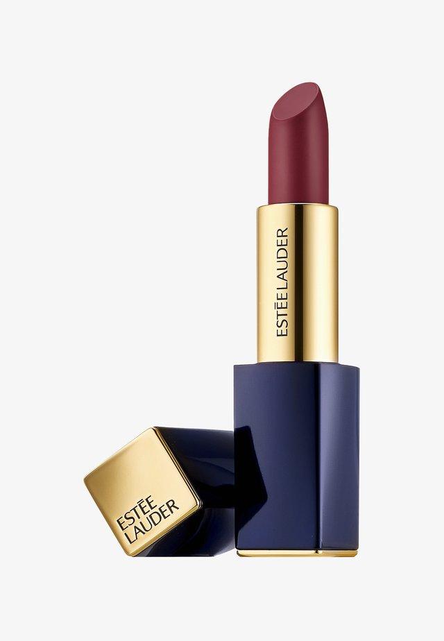PURE COLOR ENVY LIPSTICK  - Rouge à lèvres - 150 decadent