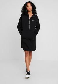 Converse - HOOD DRESS ZIP-PULLER - Shirt dress - black - 1
