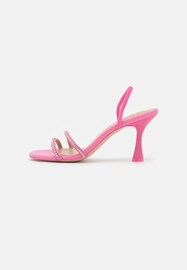RHERILLAN - Sandaler - pink