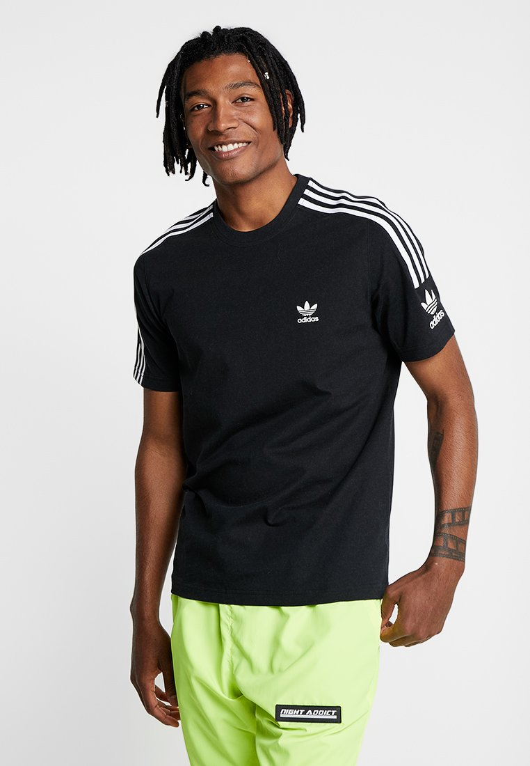 adidas Originals - TECH TEE - T-shirt con stampa - black