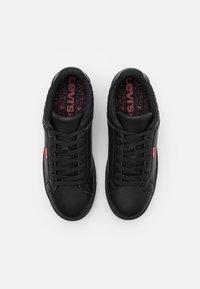 Levi's® - CAPLES - Trainers - regular black - 3