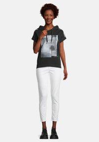 Cartoon - Print T-shirt - schwarz/grau - 1