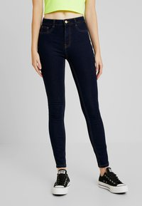 ONLY - ONLFHI MAX LIFE BOX - Jeans Skinny Fit - dark blue denim - 0