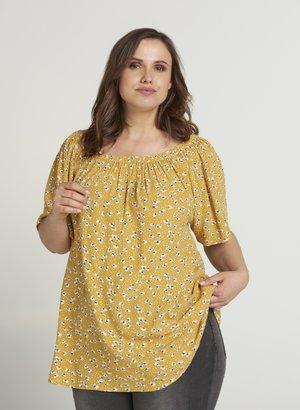 MIT KURZEN ÄRMELN - Blouse - yellow