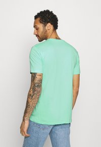 Quiksilver - COMP LOGO  - T-shirt con stampa - cabbage - 2