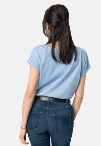 Jack Wolfskin - SALT SAND SEA - Print T-shirt - ice blue - 1