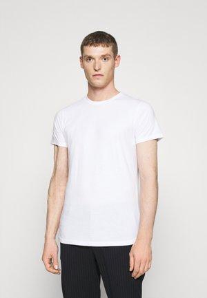 DEW LONG - Jednoduché triko - white