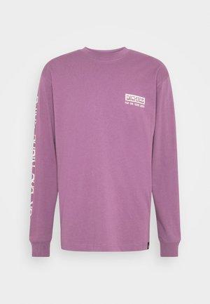 WILLERNIE TEE - Long sleeved top - purple gumdrop