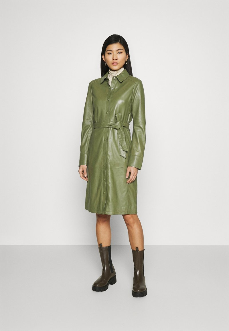 Oakwood - INDIANA - Sukienka koszulowa - dark green