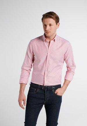 SLIM FIT - Shirt - rot/weiss