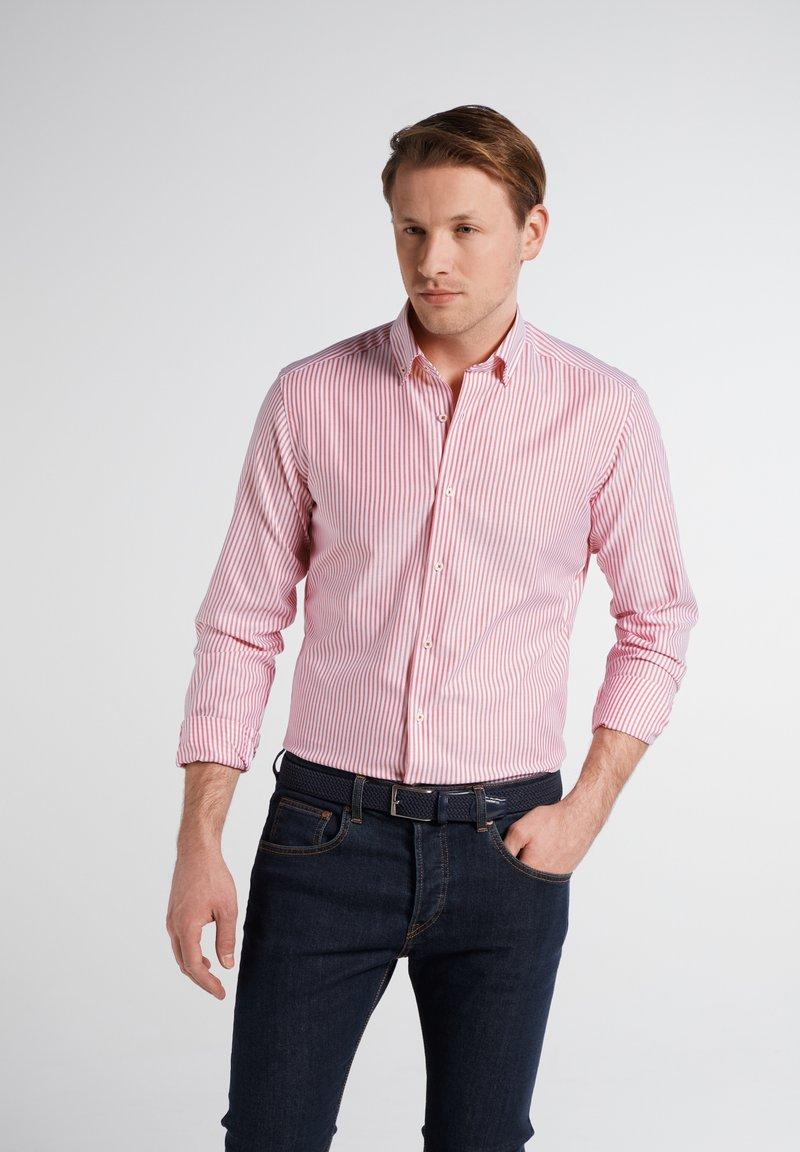 Eterna - SLIM FIT - Shirt - rot/weiss