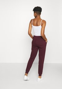 Even&Odd - REGULAR FIT JOGGER WITH CONTRAST CORD - Tracksuit bottoms - dark red - 2