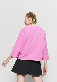 Limited Sports - SUVIA - Sweatshirt - cameo - 2