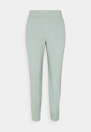 GARY LUXE TROUSER - Teplákové kalhoty - marina green