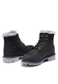 Timberland - 6 INCH PREMIUM WP SHEARLING - Winter boots - black nubuck - 2