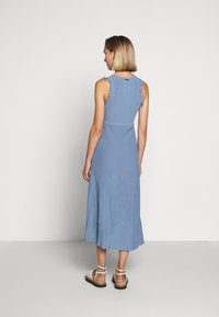 MICHAEL Michael Kors - PLEATED RUFFL DRESS - Strikket kjole - chambray - 2